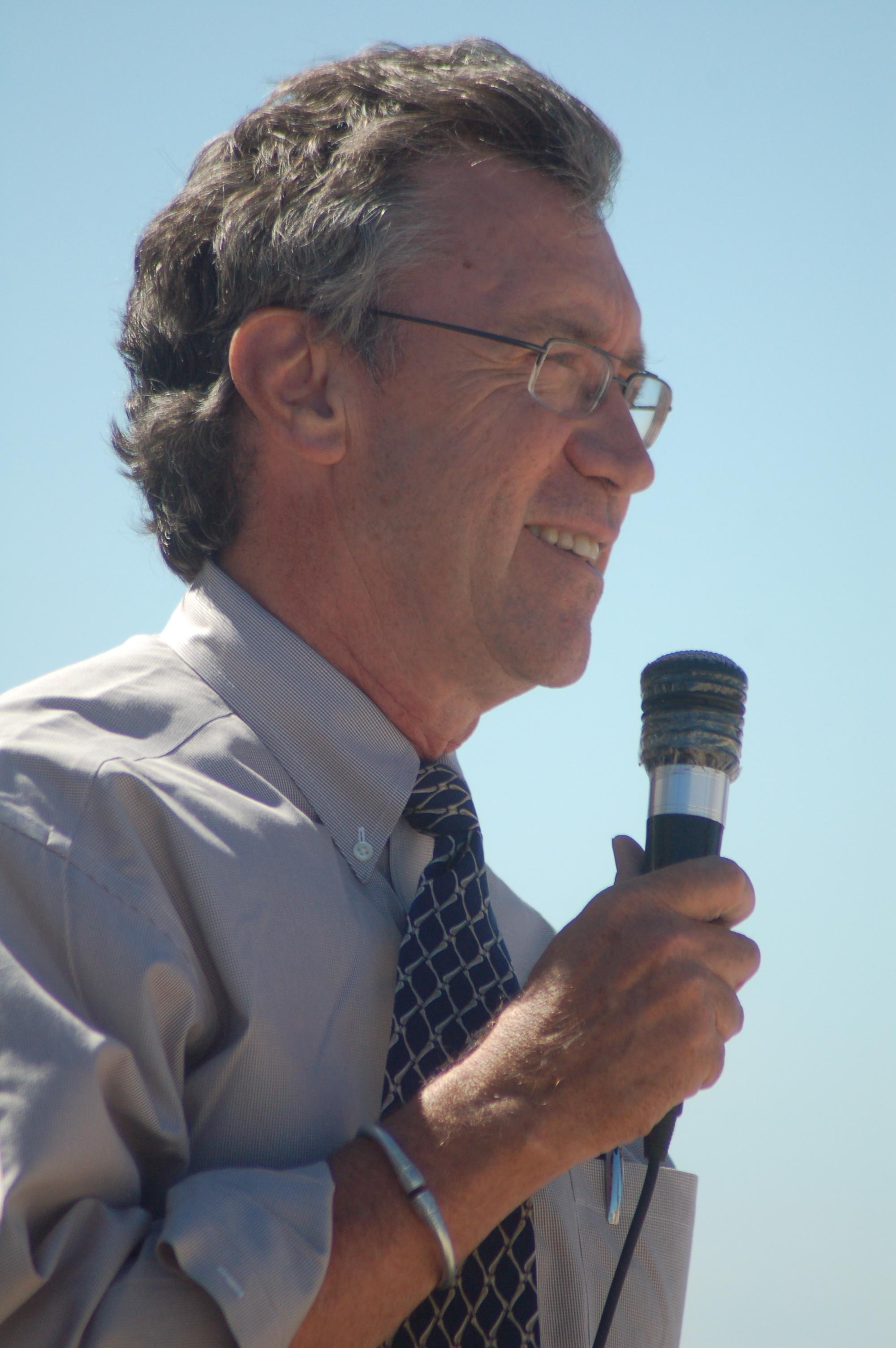 Dr. Dave Krause speaking in Berivotra